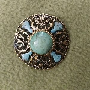 Jewelry - Brooch